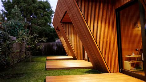 Project_Fusion_House-recycled-timber-battens-external