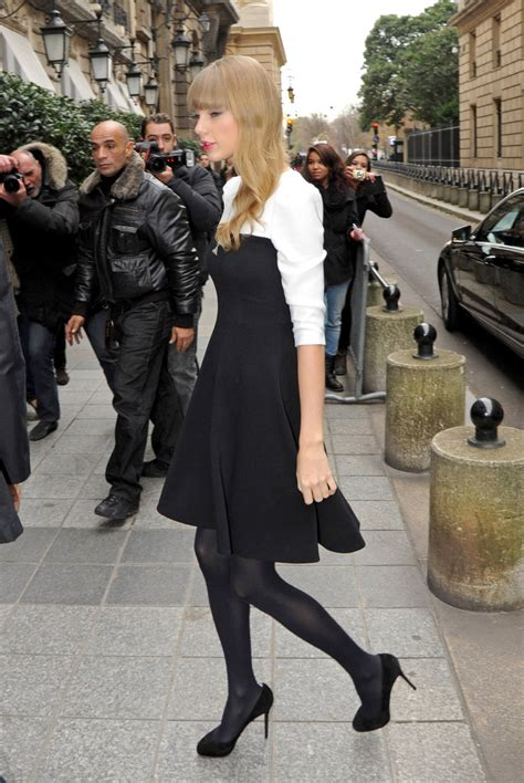 Taylor Swift - Taylor Swift Photos - Cute American Country
