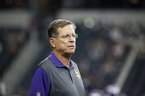 Vikings offensive coach Norv Turner quits; no friction